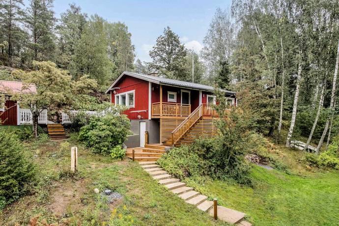 Bild: 2 rum villa på Kvarntorpsvägen 10, Huddinge kommun Länna Lissma