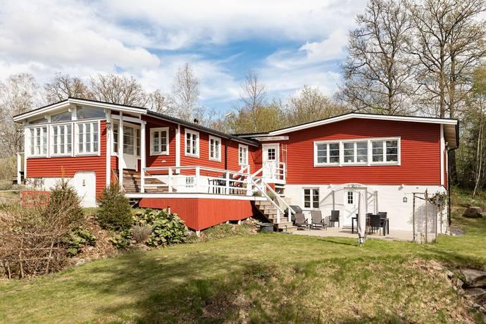 Nyinflyttade p Trastvgen, Hinds | redteksystems.net