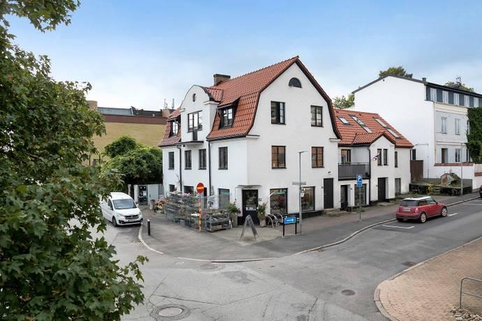 Bild: 12 rum villa på Hantverksgatan 13A, Höörs kommun Höör - Centralt