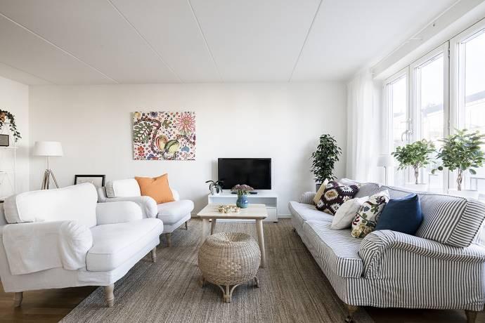 Bild: 2,5 rum bostadsrätt på Midsommarvägen 47, 3 tr, Stockholms kommun Midsommarkransen/Telefonplan