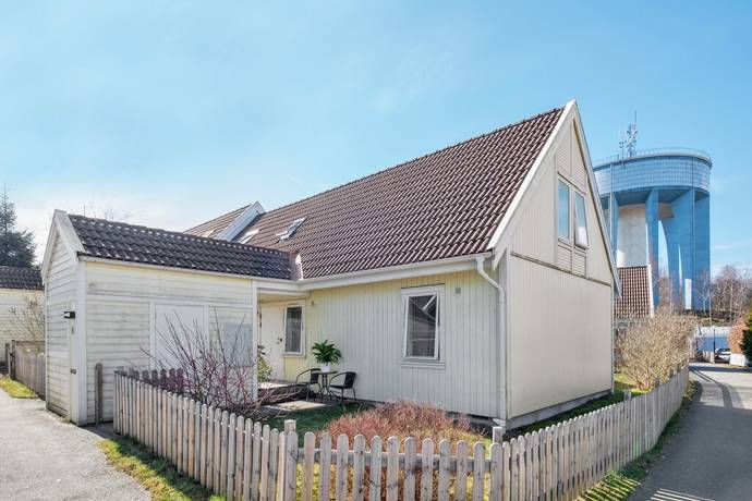 Bild: 5 rum radhus på Sprintergången 6, Göteborgs kommun Biskopsgården