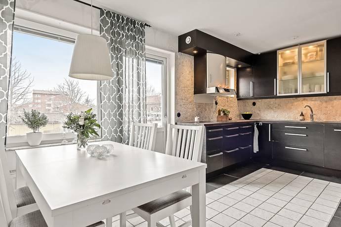Bild: 2 rum bostadsrätt på Flygaregatan 4E, Norrtälje kommun Norrtälje Stad - Flygfältet