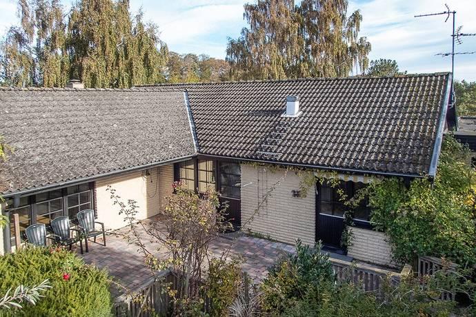 Bild: 4 rum villa på Svängen 8, Simrishamns kommun Borrby