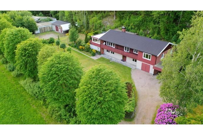 Bild: 6 rum villa på Buddeberg 232, Uddevalla kommun Forshälla-Buddeberg