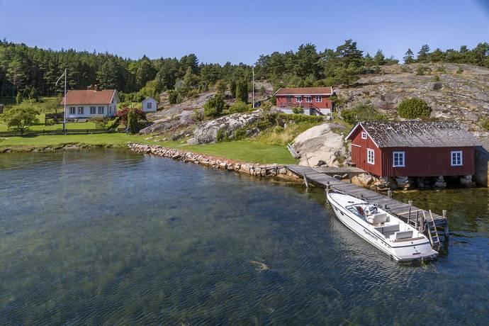 Bild: 9 rum villa på Bäckeviken 7, Strömstads kommun Norra Öddö