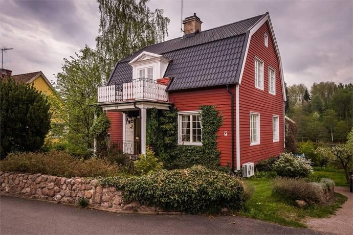 Bild: 4 rum villa på Sveagatan 77, Tranås kommun Söder