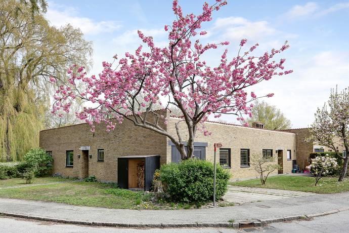 Bild: 6 rum villa på Planetgatan 1, Lunds kommun PLANETSTADEN