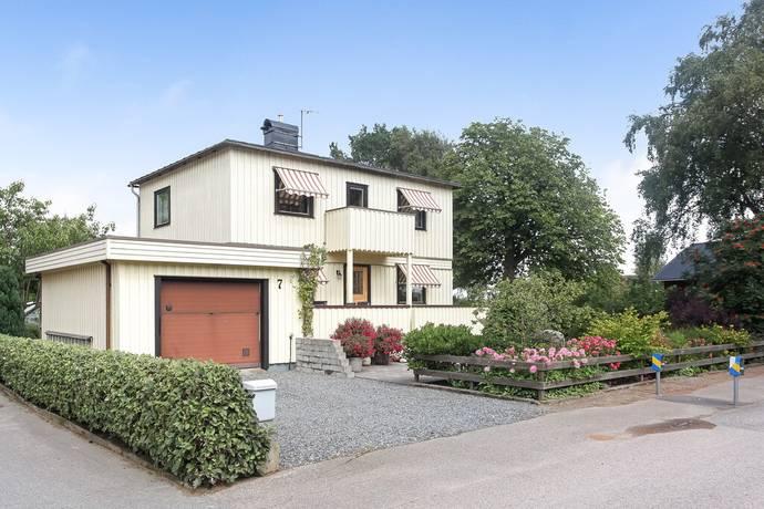 Bild: 5 rum villa på Apelsinvägen 7, Falkenbergs kommun Vinbergs Samhälle