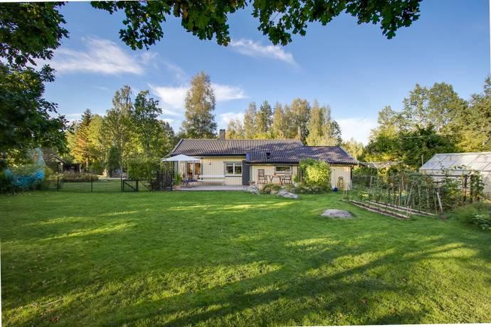 Bild: 3 rum villa på Björkvägen 11, Örebro kommun Hampetorp
