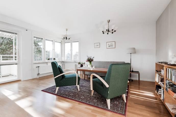 Bild: 2 rum bostadsrätt på Petrejusvägen 41, Stockholms kommun Hammarbyhöjden