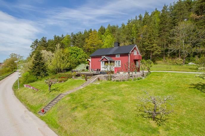 Bild: 5 rum villa på Högsbyvägen 6, Västerviks kommun Gamleby