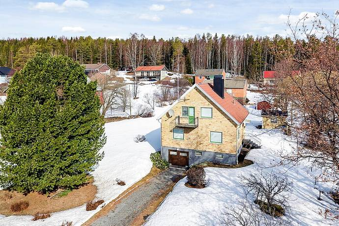 Bild: 5 rum villa på Idrottsvägen 46, Kramfors kommun