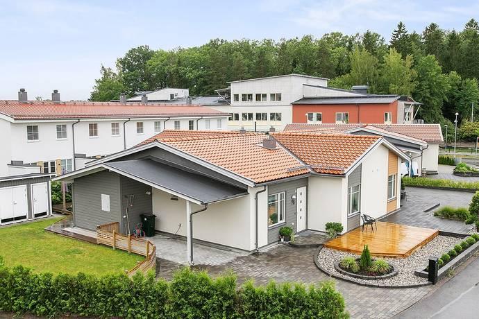 Bild: 4 rum villa på Ekhagagatan 78, Linköpings kommun DUVKULLEN