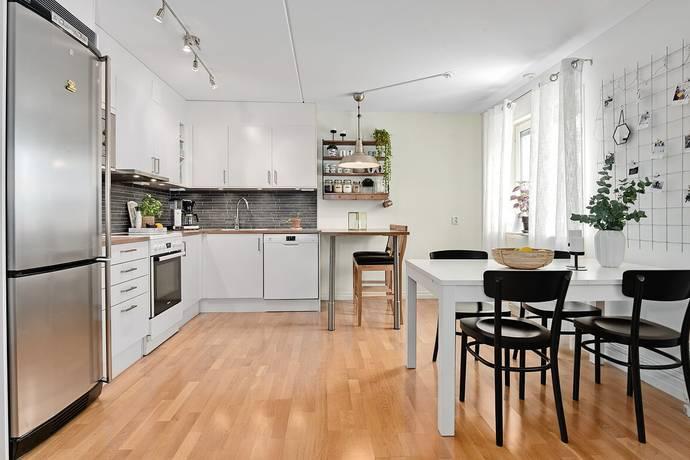 Bild: 2 rum bostadsrätt på Hissjövägen 40, Umeå kommun Haga