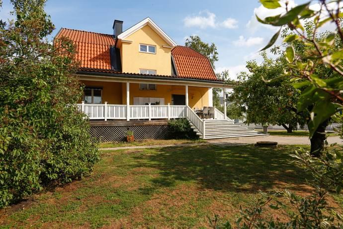 Bild: 8 rum villa på Brogatan 47, Örebro kommun Gamla Hjärsta
