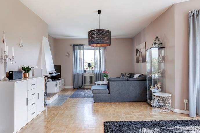 Bild: 4 rum bostadsrätt på Bergslagsvägen 123 D, Köpings kommun Kolsva