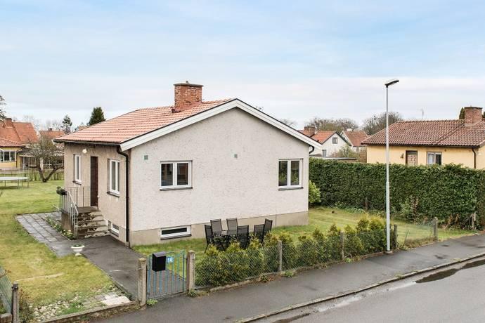 Bild: 4 rum villa på Mossgatan 16, Simrishamns kommun Simrishamn - Centralt