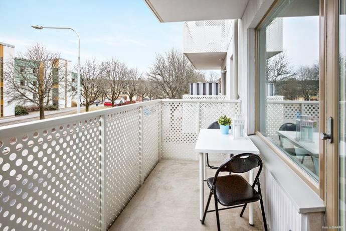 Bild: 1 rum bostadsrätt på Trädgårdsvägen 2, 2 tr, Upplands Väsby kommun Runby
