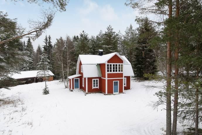 """Bild: 3 rum fritidshus på Rangsjövägen 6 - """"Pengkojan"""", Torsby kommun Finnskogen"""