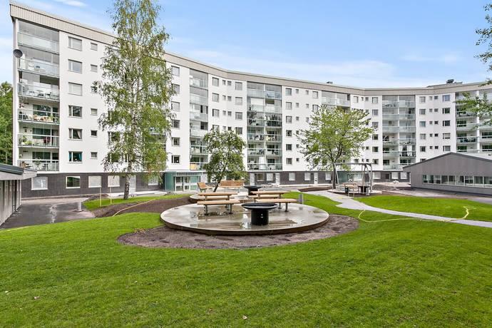 Bild: 3 rum bostadsrätt på Odlingsvägen 24, 5 tr, Botkyrka kommun Tumba