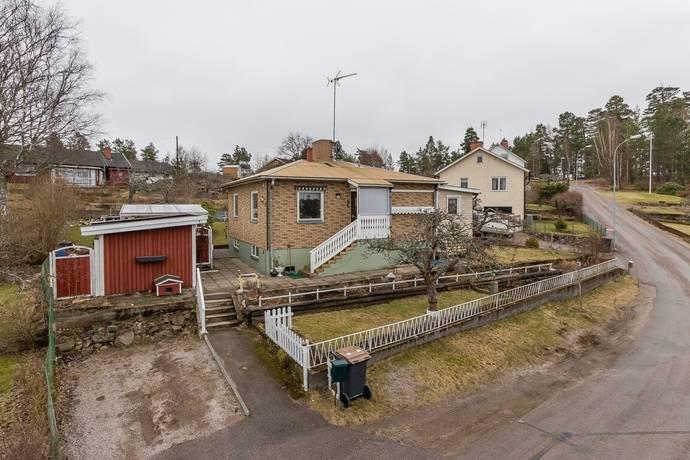 Bild: 3 rum villa på Ringvägen 13, Västerviks kommun Överum