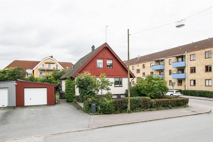 Bild: 6 rum villa på Hjortstorpsvägen 36, Örebro kommun Centralt Norr