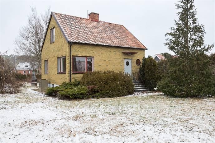 Bild: 3 rum villa på Kung Knuts väg 12, Kristianstads kommun Vä