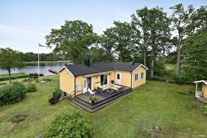 Bild: 5 rum villa på Kopparrännevägen 1, Karlskrona kommun Skillingenäs