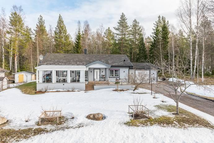 Bild: 5 rum villa på Tulpanvägen 15, Sundsvalls kommun Essvik