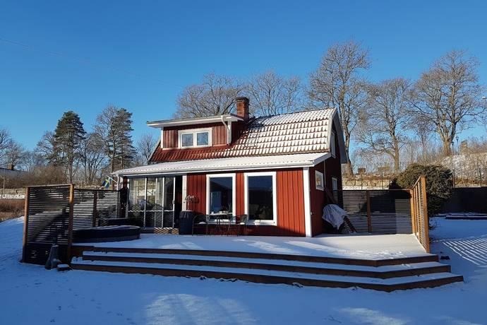 Bild: 3 rum villa på Vallbyvägen 11, Örebro kommun Närkes kil