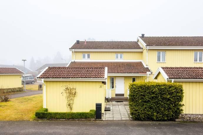 Bild: 4 rum bostadsrätt på Hermanstorpsvägen 31, Mariestads kommun Krontorp