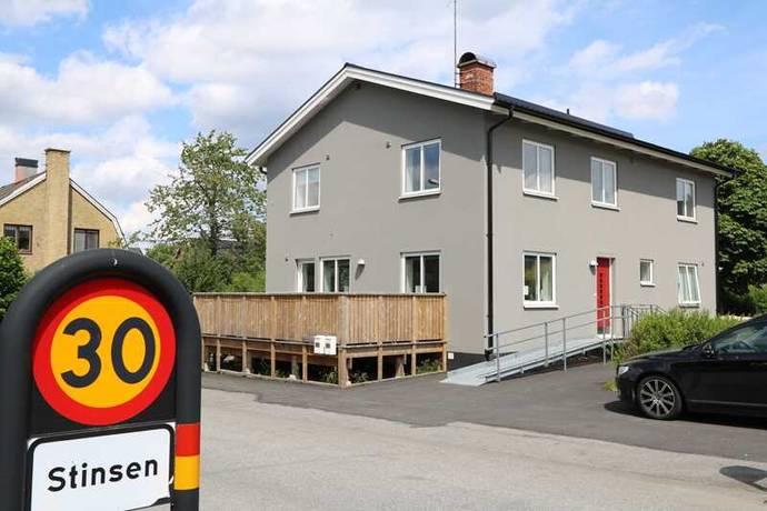 Bild: 7 rum villa på Kyrkogatan 4, Osby kommun Lönsboda