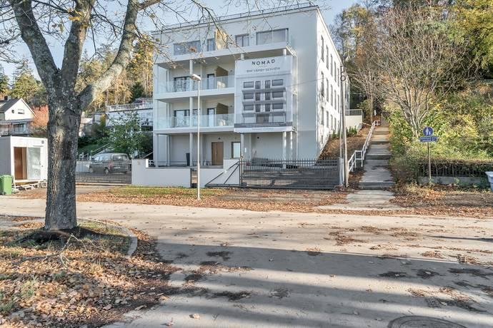 Bild: 3 rum bostadsrätt på Vårby Allé 31, Huddinge kommun Vårby Gård