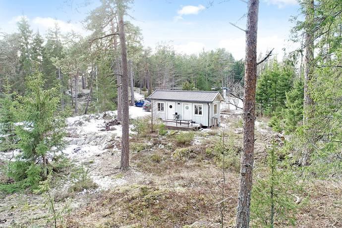 Bild: tomt på Valsättravägen 11B, Österåkers kommun Svinninge
