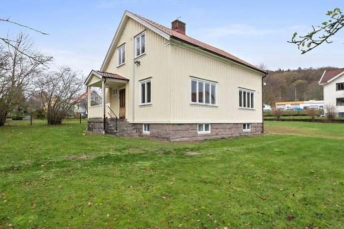Bild: 4 rum villa på Kallkärrsvägen 4, Munkedals kommun Dingle