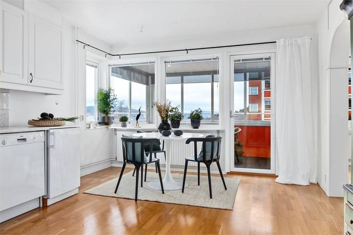Bild: 2 rum bostadsrätt på Ludvigsbergsvägen 22 B, 5 tr, Sundsvalls kommun Alliero