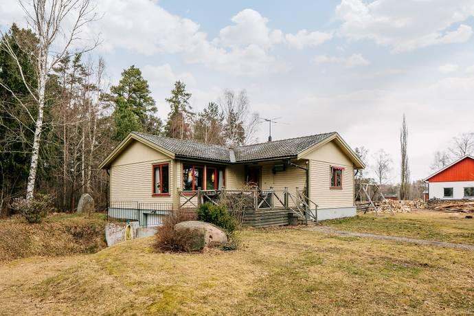 Bild: 3 rum villa på Snärva Talludden, Skövde kommun