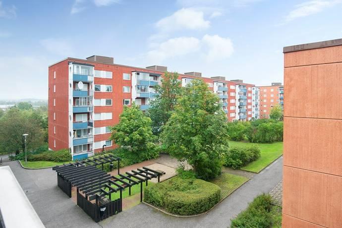 Bild: 3 rum bostadsrätt på Lofotengatan, Stockholms kommun Husby/Kista