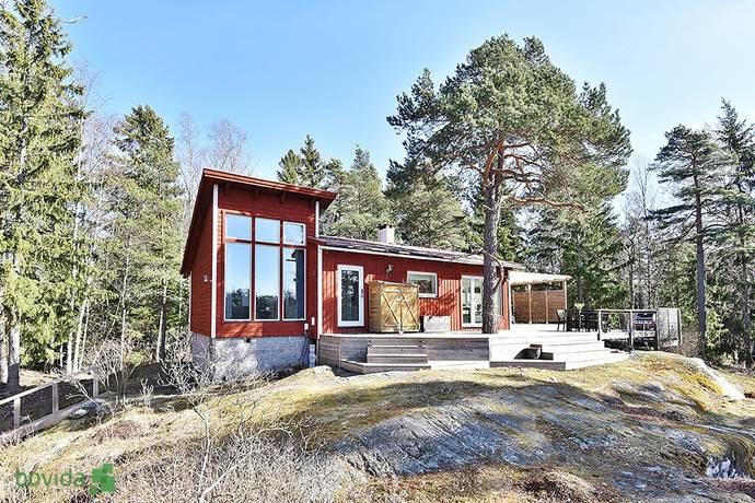 Bild: 4 rum villa på Älgörtsvägen 5, Värmdö kommun Beatelund