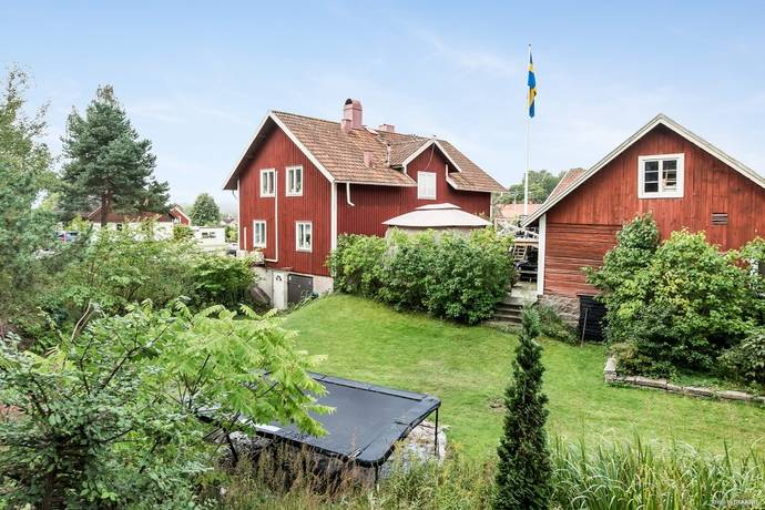 Bild: 6 rum villa på Gamla arbogavägen 6a, Örebro kommun Glanshammar