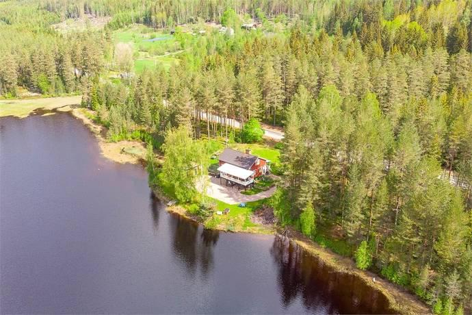 """Bild: 5 rum villa på Mårbacken 21 - """"Strandvik"""", Torsby kommun Lekvattnet"""