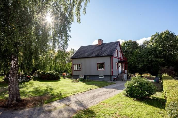 Bild: 162 m² villa på Ringvägen 11, Tingsryds kommun Fridafors