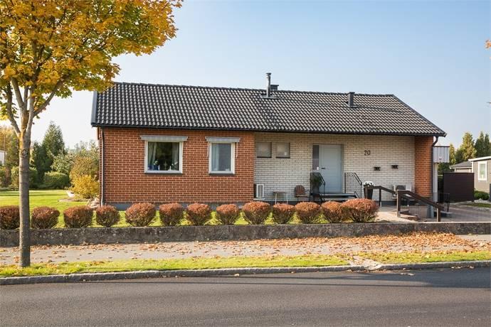 Bild: 4 rum villa på Köpmannagatan 20, Östra Göinge kommun Broby