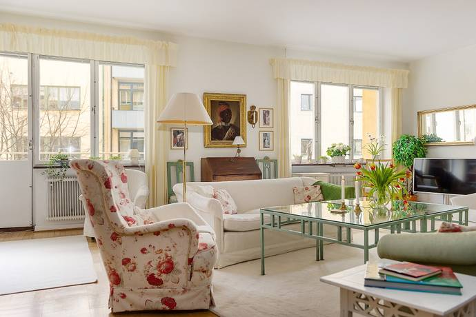 Bild: 7 rum bostadsrätt på Ängskärsgatan 6, 2 tr, Stockholms kommun Gärdet / Östermalm