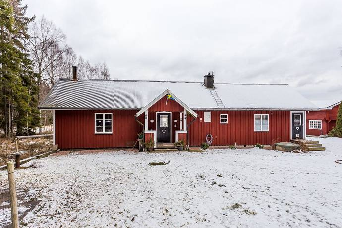 Bild: 4 rum villa på Eskilstorp 2, Kristinehamns kommun KRISTINEHAMN