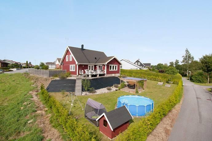 Bild: 8 rum villa på Johan nils väg 20, Skurups kommun RYDSGÅRD