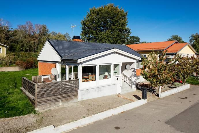 Bild: 5 rum villa på Gullregnsvägen 1B, Växjö kommun Öjaby