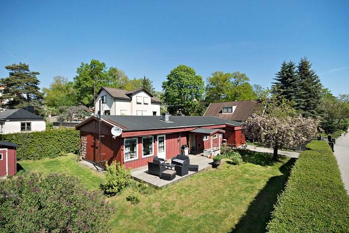 Bild: 5 rum villa på Sjättenovembervägen 236, Stockholms kommun Gamla Älvsjö