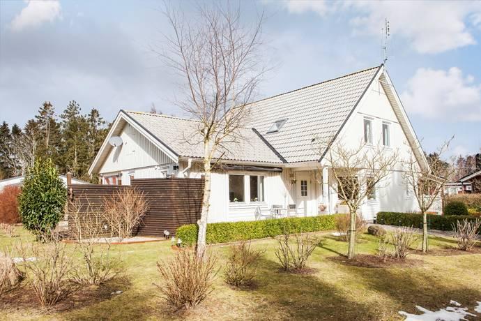 Bild: 6 rum villa på Snödroppevägen 10, Trelleborgs kommun Beddingestrand
