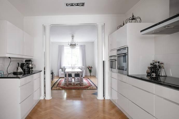 Bild: 4 rum bostadsrätt på Linnégatan 90, 2 tr, Stockholms kommun Östermalm